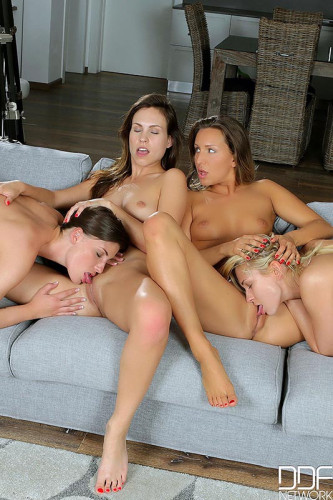 Four Lesbian Have Pussy Eating Bonanza