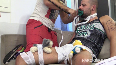 Hard Kinks — Big Bro in Charge (Mario Domenech, Ruben Mastin, Antonio Miracle)