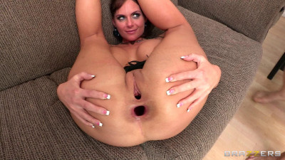 Lady Wants To Get Fucked In Every Position