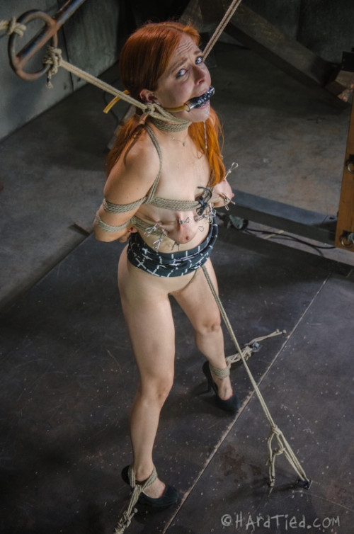 bdsm HT - Aug 06, 2014 - Penny Pax and Elise Graves - Tiny Feet - HD