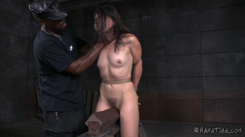 bdsm Amy Likes It Rough