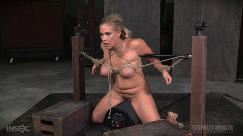 bdsm Big breasted blonde on sybian facefucked without mercy by BBC