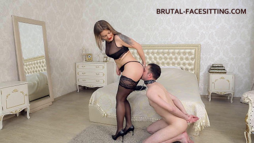 Femdom and Strapon Mistress Luisa Facesitting Dildo (2016)