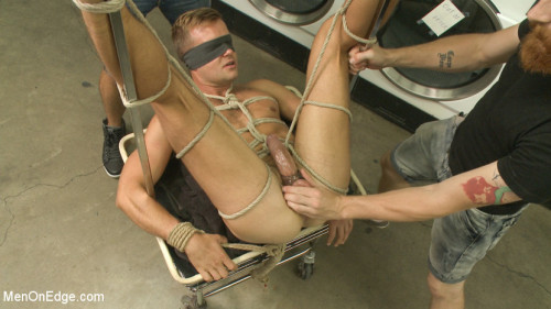 Gay BDSM Cute guy overpowered and edged in the laundromat