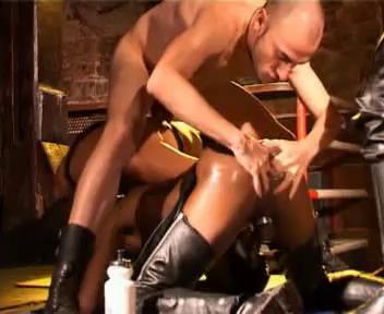 Gay BDSM Extreme