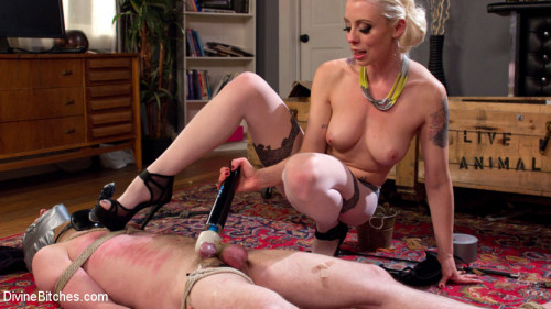 Femdom and Strapon Slave in Heaven Part 3 New York