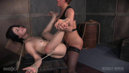 bdsm Yhivi Continues to Cum Relentlessly For The Final Part Of Her Show