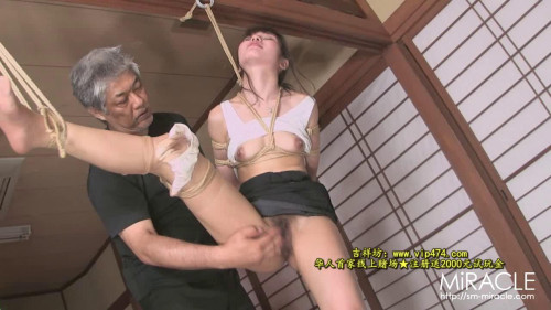 bdsm Flatus excretion in the shame enema - mirror