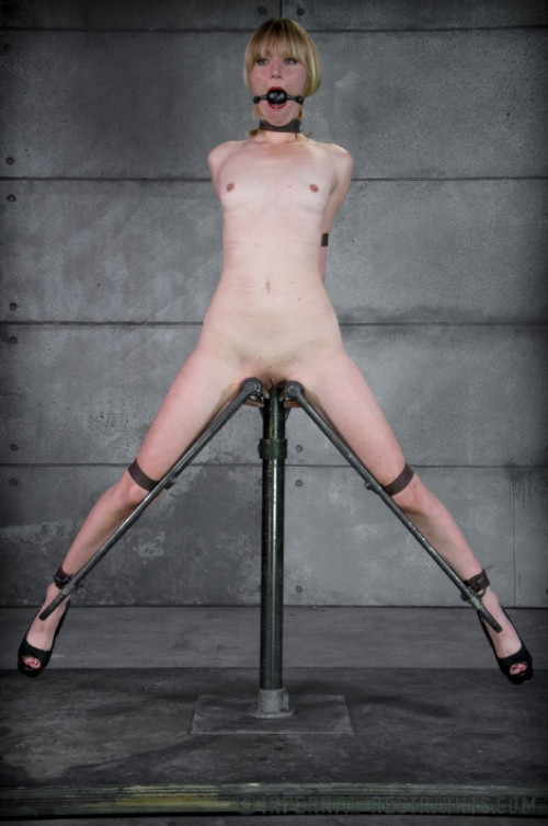 bdsm IR - Mona Wails - Blonde Mona Wales, OT - May 9, 2014 - HD