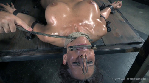 bdsm exploring her sexuality