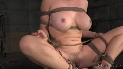 bdsm Krissy Lynn - Bossy Bitch (2016)