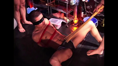 Gay BDSM Gayce Avenue - Public Training Complete 3