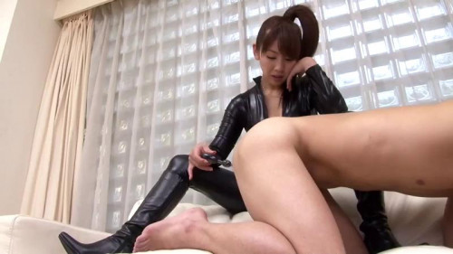 Femdom and Strapon Japanese anal beads