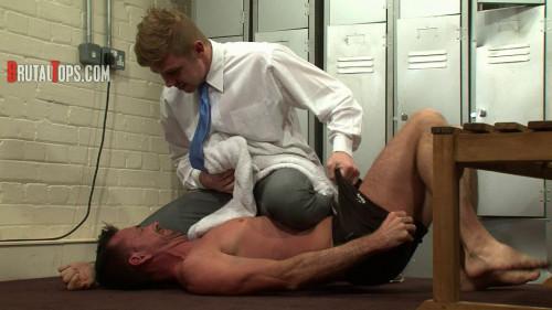 Gay BDSM BrutalTops - Session 331 - Master Derek
