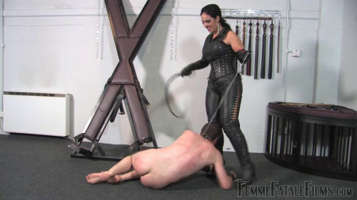 Femdom and Strapon The Prisoner part2