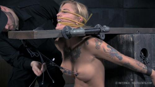 bdsm Kleio Valentien - Slut Delivery (2016)