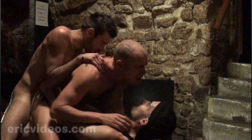 Dylan Cox and Darko fuck the Bartender