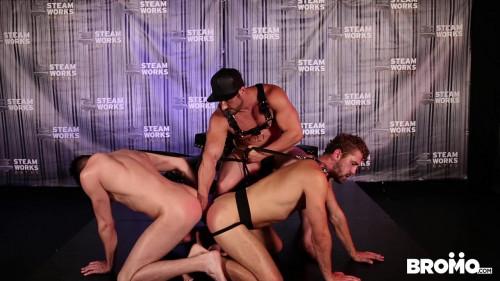 Gay BDSM Jaxton Wheeler dominates Wesley Woods and Jack Hunter (720p)