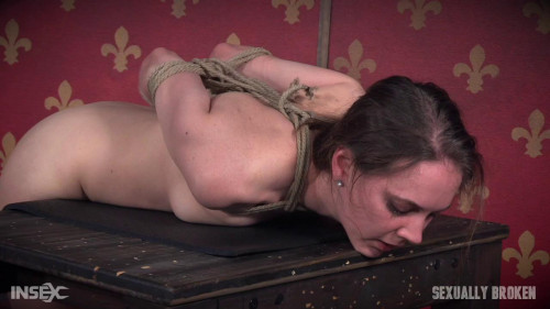 bdsm Sierra Cirque Tag Teamed and Fucked Until Glassy Eyed and Delirious (2016)