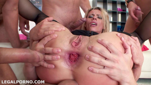 Fisting and Dildo Monsters of Dap 1 Brittany Love ball deep gapes, prolapse, anal fisting (2015)