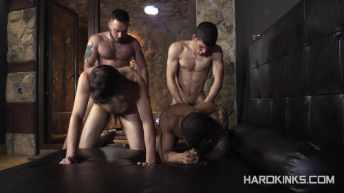 Gay BDSM Hard Kinks - Bullfight Edition Vol 3 - Henrique Bastos, Macanao Torres and Sergio Mutty