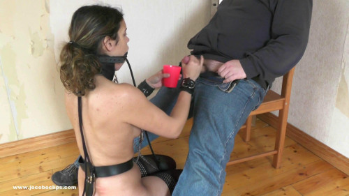 bdsm An Obedient Slavegirl