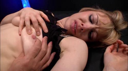 bdsm Blonde Restraint Chair and Anal Transformer Aid Liana Nicole
