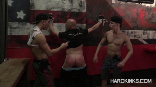 Gay BDSM Cops Hell (Andrea Suarez, Angel Cruz, Izann)