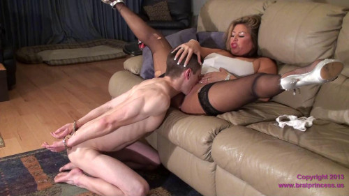 Femdom and Strapon Train stepson polish pussy