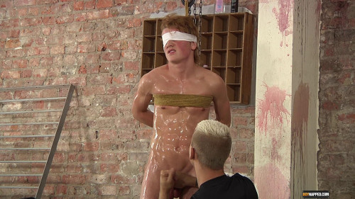 Gay BDSM A Slippery Wank For A Fit Prisoner