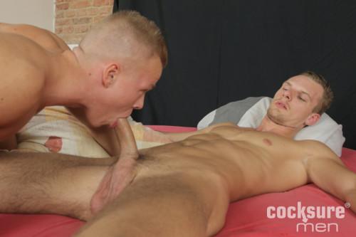 Chris Viktor Barebacks Peter Comely