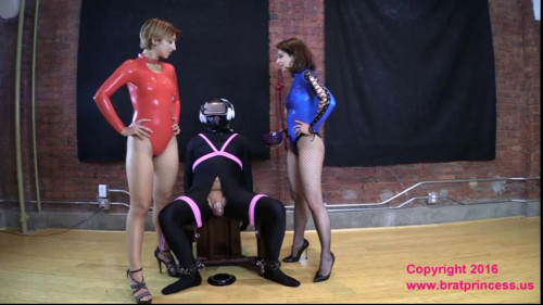 Femdom and Strapon Slave Ruined Multiple Times while in Virtual Reality at the Edging Salon
