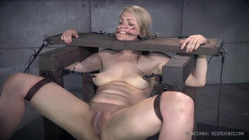 bdsm Pussy Torture - Winnie Rider