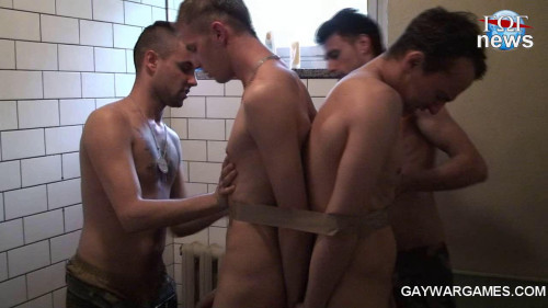 Gay BDSM Kalinka 4-5