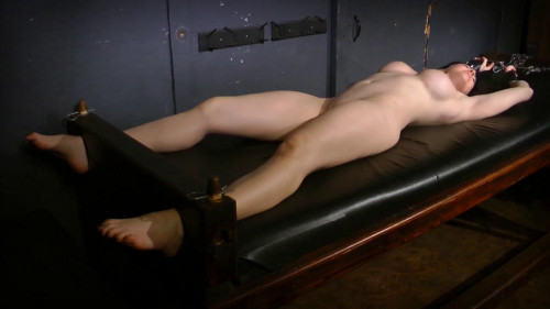 bdsm The Perils of Leia - Stretched and O, Part 2 of Episode 2