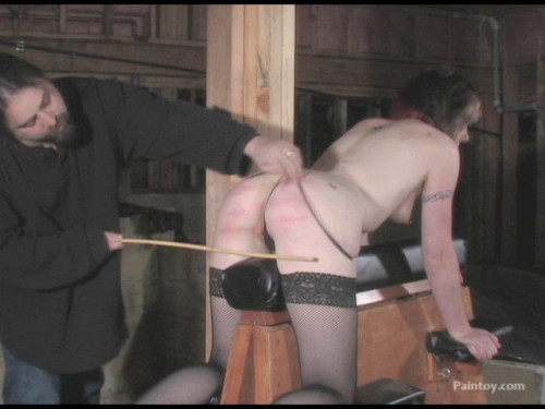 bdsm Nyx caning
