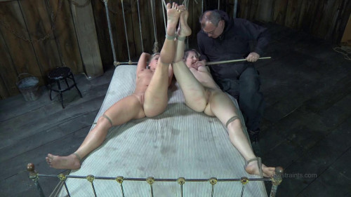bdsm New Cunt and Old Cunt - Dia Zerva and Sister Dee