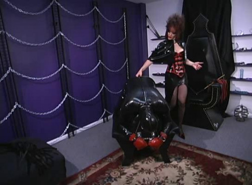 Femdom and Strapon Executive submission