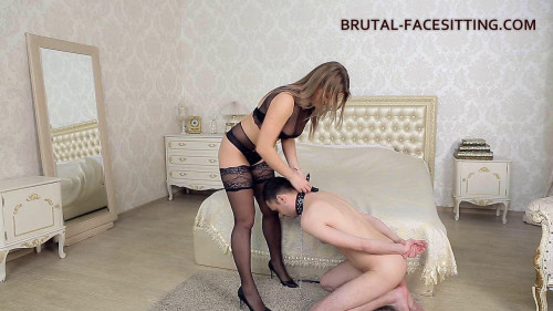 Femdom and Strapon Mistress Luisa