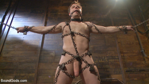 Gay BDSM New Dom Pushes his Slave to the Limit