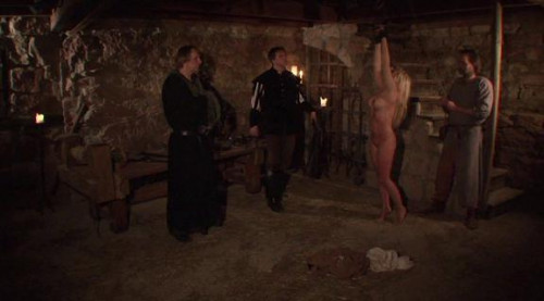bdsm Elvira - Medieval witchs tour