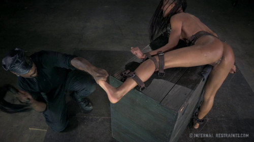 bdsm Nikki Darling 2
