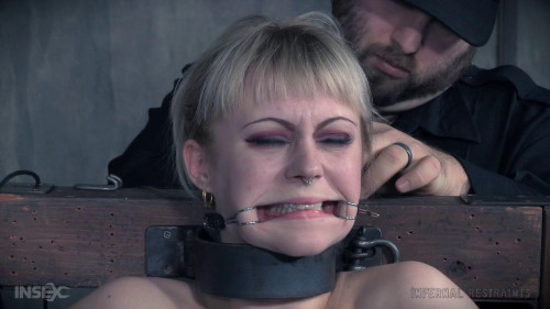 bdsm Anna Tyler Wedged (2016)
