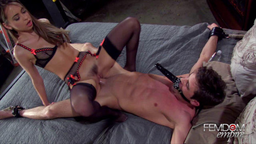 Femdom and Strapon Princess Rileys Slave Cock And Live Dildo-Face
