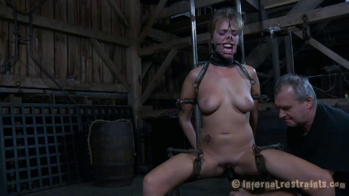 bdsm Alisha Adams no Diginity