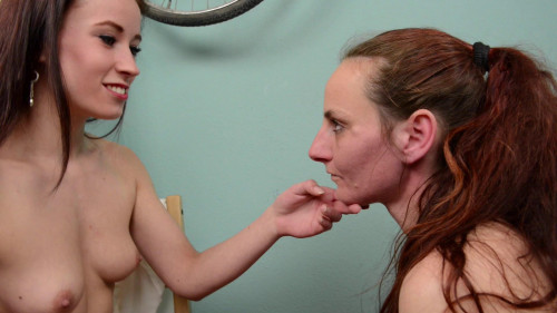 bdsm Minnie Manga And Carmen Clark Face Slapping Extreme Superstrong Slaps (2016)
