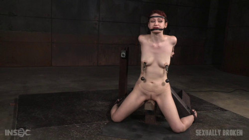 bdsm Deepthroat On Two Cocks (Violet Monroe) Sexually Broken