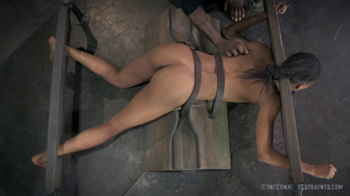 bdsm Nikki Darling - The Little Whore That Could, Part 2