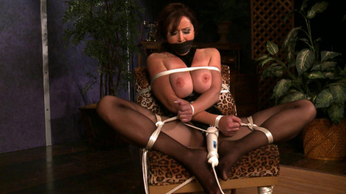 bdsm January 14, 2013 Shoe Bondage - 0479 Christina Carter