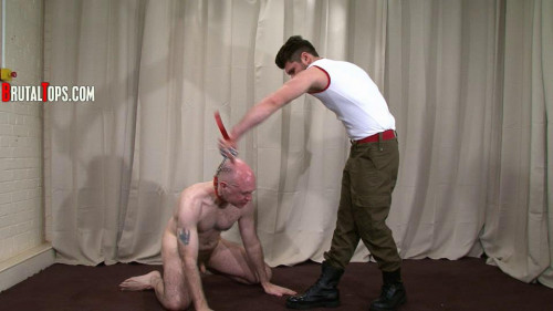 Gay BDSM BrutalTops Session 326 - Master Lionel
